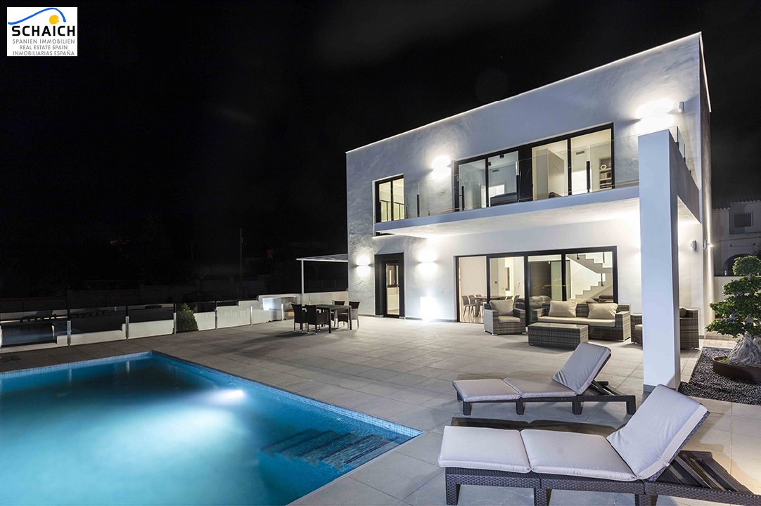 villa in Denia for sale, built area 199 m², year built 2019, condition first owner, plot area 385 m², 3 bedroom, 3 bathroom, ref.: GC-1518-2